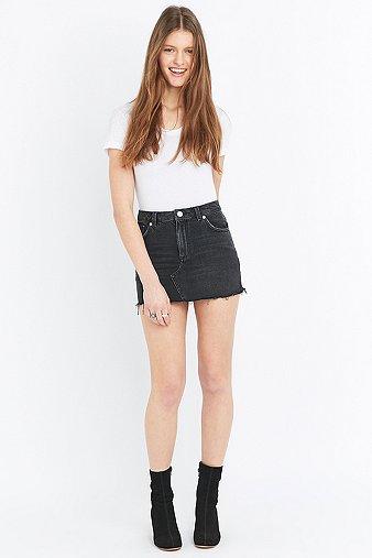 bdg-five-pocket-black-denim-skater-mini-skirt-womens-m