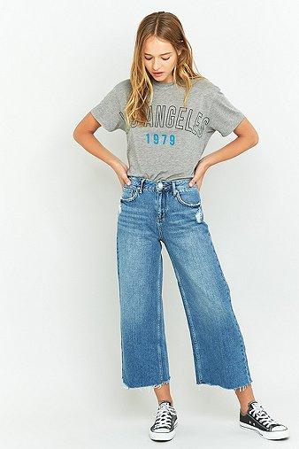 bdg-raw-edge-indigo-cropped-flood-jeans-womens-28w-32l
