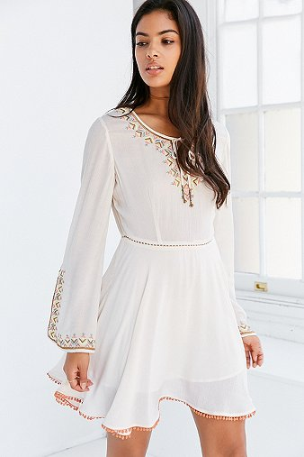 ecote-holly-embroidered-bell-sleeve-ivory-mini-dress-womens-m
