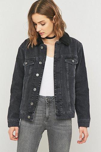 bdg oversized jeansjacke in schwarz mit sherpa kragen damen 34 bdg damenmode jacken billiger. Black Bedroom Furniture Sets. Home Design Ideas