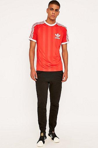 adidas-california-lush-red-sports-t-shirt-mens-s