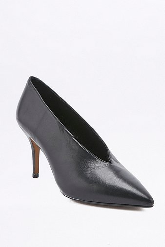 kylie-vintage-80s-black-court-shoes-womens-5