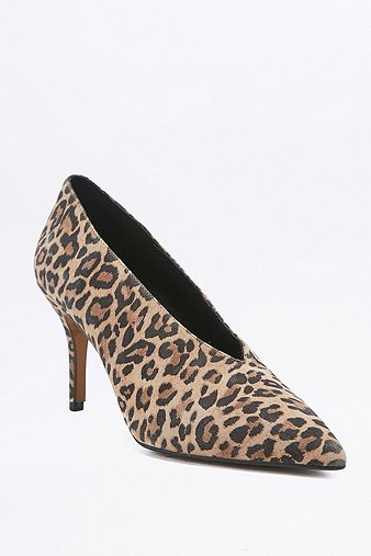kylie-vintage-80s-leopard-print-court-shoes-womens-6