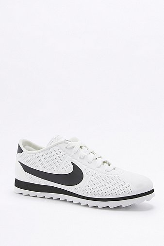nike-cortez-ultra-moire-white-black-trainers-womens-5
