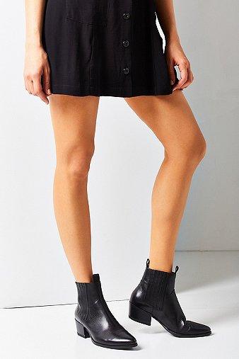 vagabond-mandy-western-black-chelsea-ankle-boots-womens-5