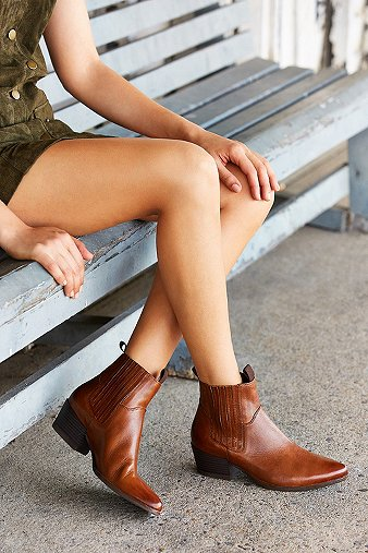 vagabond-mandy-western-tan-chelsea-ankle-boots-womens-5