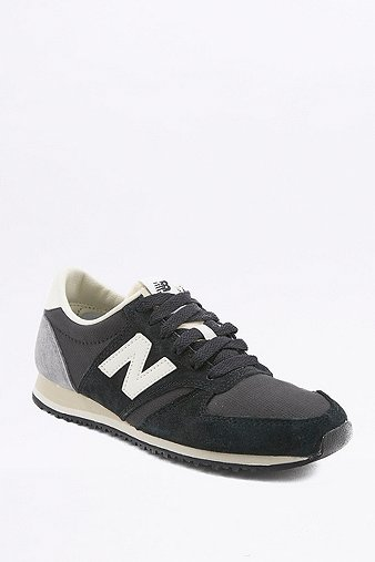 new-balance-420-black-grey-trainers-womens-6
