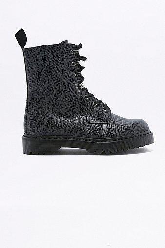 dr-martens-black-pebble-para-boots-mens-10