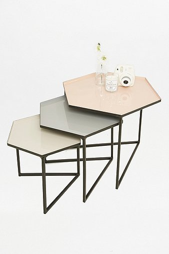 hexagon-table-set