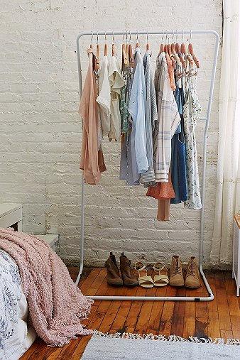 leaning-clothes-rack
