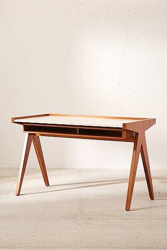 henrick-desk