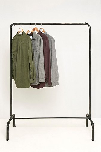 rail-clothes-rack