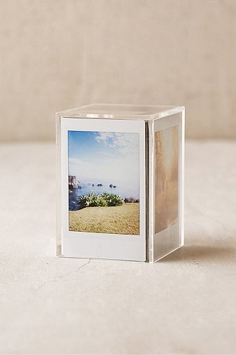 instax-cube-frame