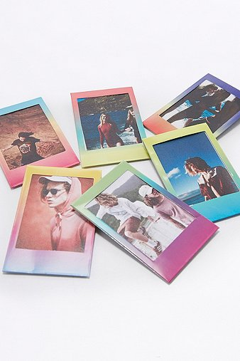 instax-gradient-photo-frame-magnets