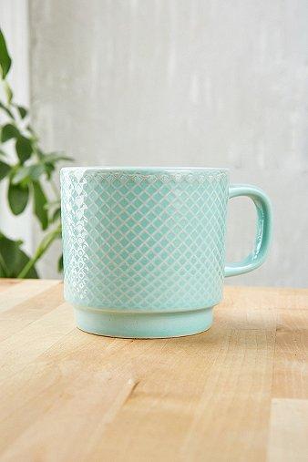 embossed-ceramic-mug