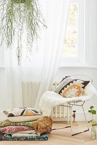 tepec-woven-kilim-cushion