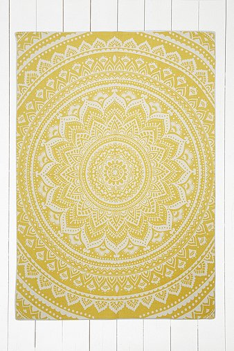 sahara-medallion-5x7-yellow-rug
