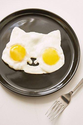 kitty-egg-shaper