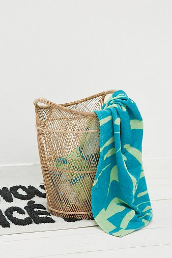 kamari-large-laundry-basket