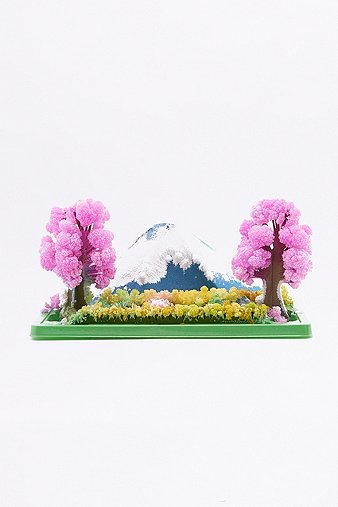 magic-growing-crystal-garden-kit