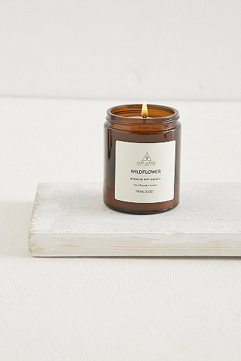 earl-of-east-wildflower-candle