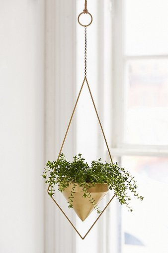 triangle-hanging-planter