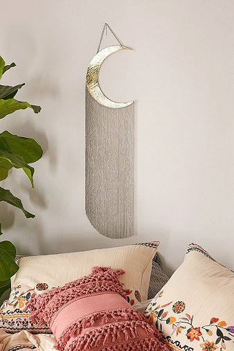fringed-hammered-moon-wall-hanging
