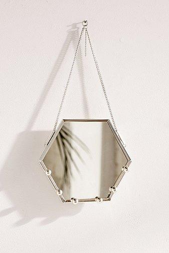 hexagon-hanging-mirror-jewellery-organizer