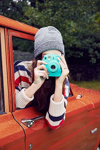 fujifilm-instax-aqua-mini-8-camera