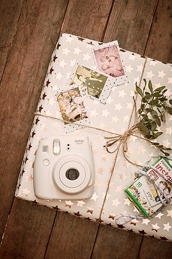 fujifilm-instax-mini-8-white-camera-bundle