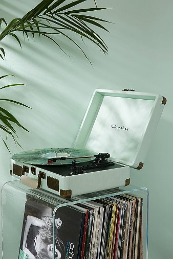 crosley-cruiser-mint-vinyl-record-player