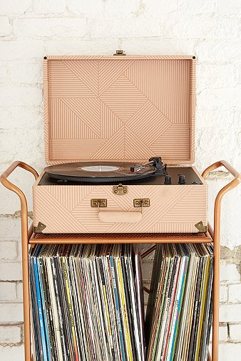 crosley-x-uo-av-room-geo-portable-usb-vinyl-record-player