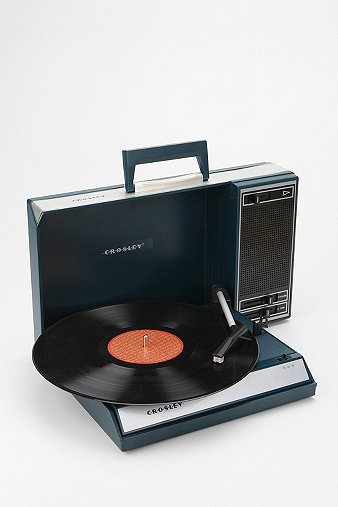 crosley-spinnerette-portable-usb-vinyl-record-player