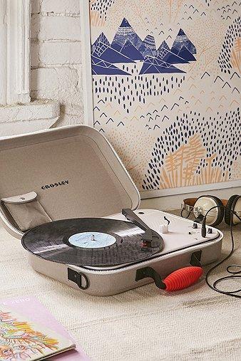 crosley-messenger-portable-vinyl-record-player