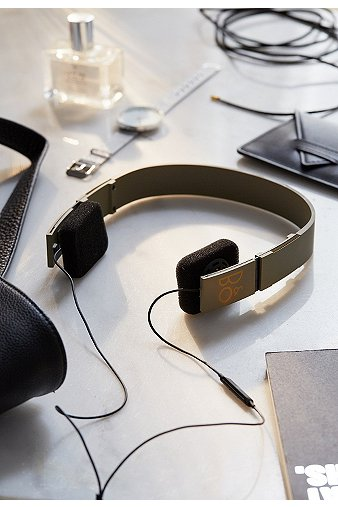 bo-play-uo-form-2i-olive-headphones