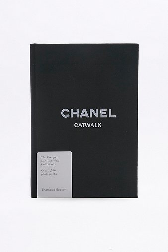 chanel-the-complete-karl-lagerfeld-collections-book