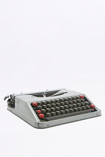 vintage-empire-aristocratic-typewriter