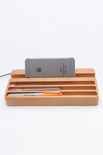 wood-desk-organizer-with-usb