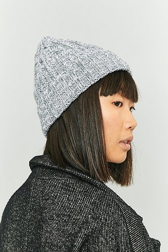 reason-chunky-ribbed-beanie-womens-one-size