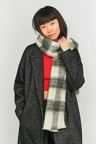 ivory-black-plaid-scarf-womens-one-size