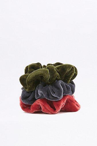 mini-velvet-scrunchie-three-pack-womens-one-size