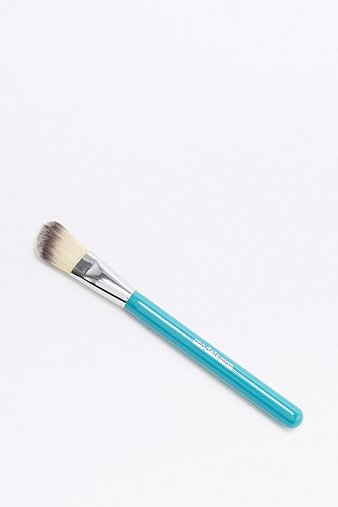 models-own-angled-foundation-brush-womens-one-size
