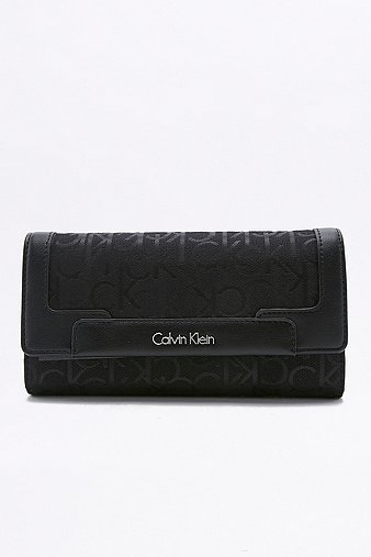 calvin-klein-nina-large-black-trifold-wallet-womens-one-size