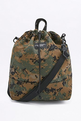 bagsinprogress-camo-bucket-tote-bag-womens-one-size